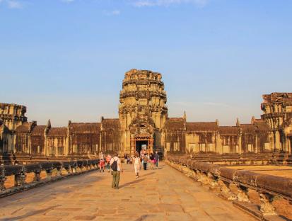 柬埔寨旅游签证办理方式不同出签时间一样吗?