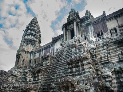 哪些人去柬埔寨是免签的?